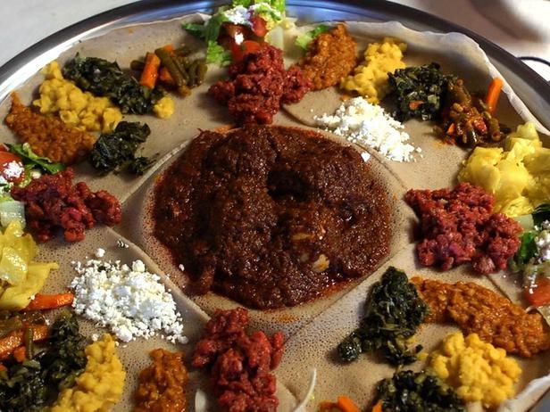 ccathsp1_ethiopian-injera-bread-with-doro-wat_s4x3_lg