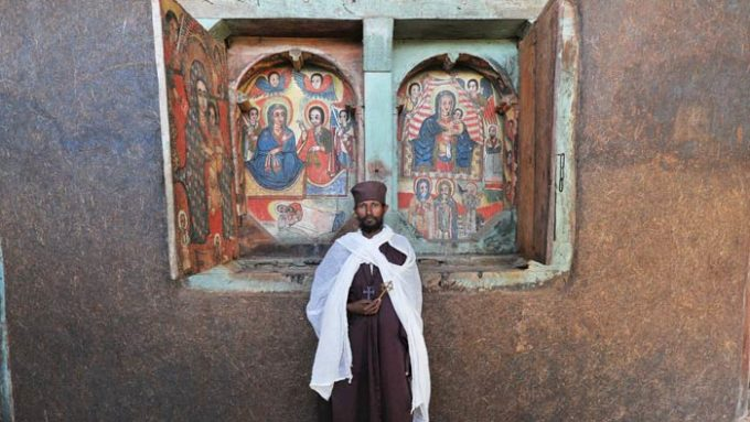 Viaje a Etiopía Timkat en grupo